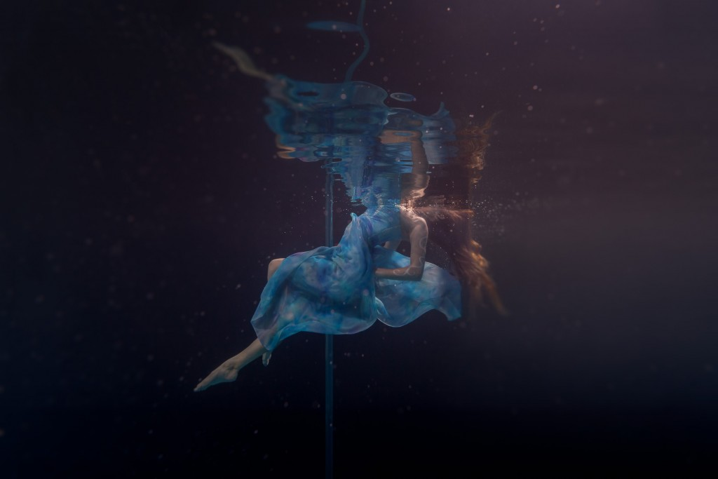 Underwater Pole Dancing (Keara)